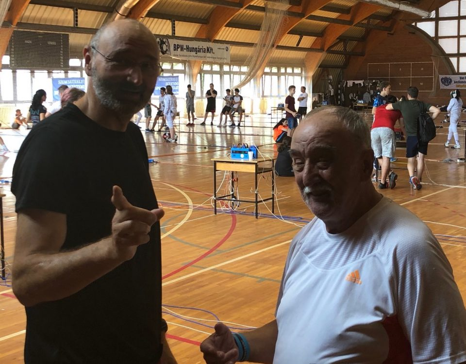 Budai István és Solti Antal foglalja össze a napi teendőket.
